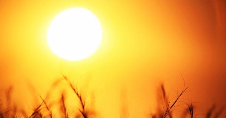 Почему Солнце бывает другого цвета?