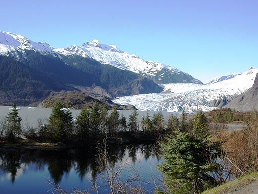 Кто и когда открыл Аляску?