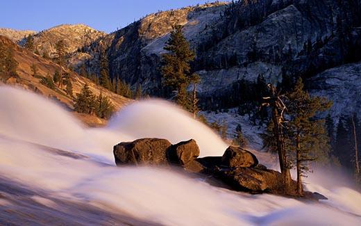 Что такое снежная лавина и чем она опасна?
