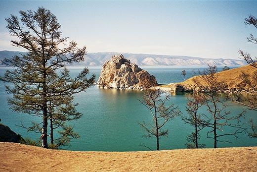 Кто открыл озеро Байкал?