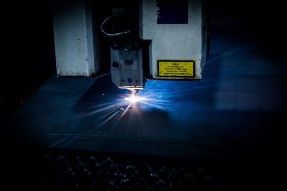 Что такое лазер? Принцип работы и применение.