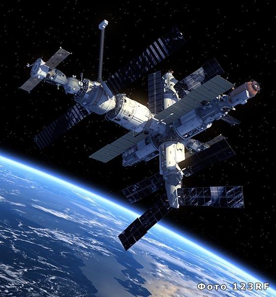 Чем занимаются люди в космосе?