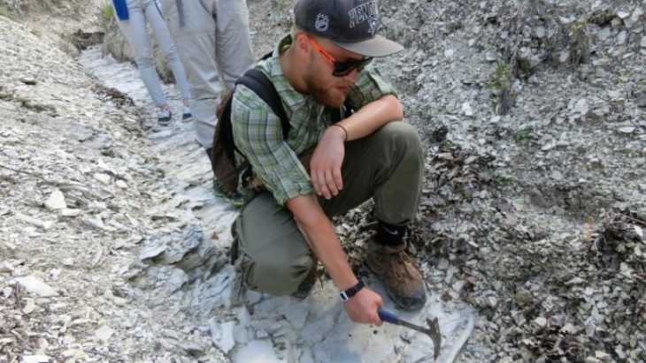 профессия геолога