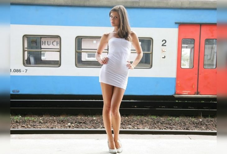 красивые пассажирки поездов
